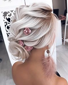 hair with veils hair clip hair styles for long hair down wedding hair updos wedding hair wedding hair hair curly updo hair vines Trending Hairstyles, Up Hairstyles, Hairstyle Ideas, Hair Ideas, Perfect Hairstyle, Short Bridal Hairstyles, Loose Braid Hairstyles, Bride Hairstyles For Long Hair, Updos Hairstyle