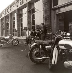 Classic BSA British Rocker Motorbike Ton Up Boy Motorcycle Metal Bike Pin Badge