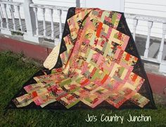 Make this quilt using Oz fabrics and a little bit of know-how from Kelli and Jo's Country Junction. Find it and more at http://www.joscountryjunction.com/oz-a-quilt-pattern-tutorial/