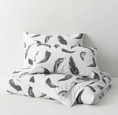 RH TEEN's Painted Feathers Duvet Cover:A classic icon of fashion, feathers make most any element of d
