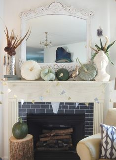 We love this original idea on fall decorating with a different palette of colors to work with.