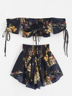 Zaful Off Shoulder Cinched Floral Set - Midnight Blue S floral dress short flora. Casual Dresses, Short Dresses, Casual Outfits, Cute Outfits, Mode Kpop, Teen Fashion Outfits, Trendy Fashion, Style Fashion, Two Piece Outfit