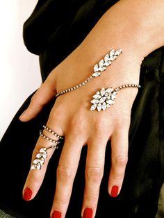 Hand Bracelet-Ring-Hand Cuff Chain Wraps-Slave Stackable Bracelet-Hand Finger Jewelry-Unique Elegant Bracelet-Wedding Jewelry