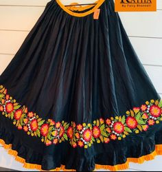 Garba Dress, Navratri Dress, Lehnga Dress, Lengha Choli, Saree, Choli Blouse Design, Choli Designs, Fancy Blouse Designs, Kurta Designs Women
