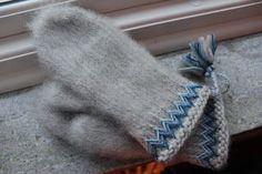 Modern interpretation of Swedish traditional Lovikka mittens   Straight Wrong: Now I'm ready!