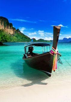 #Vietnam #Beach http://en.directrooms.com/hotels/country/1-15/