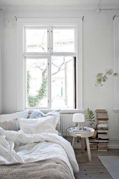 Kolme kotia - Three Homes Mielenkiintoisia ruotsalaisia koteja tiistain iloksi. Entrance ...