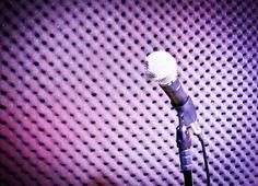 Os cantores contam com um repertório  que inclui rock'n'Roll e Pop internacional contemporâneo, sem dispensar os clássicos