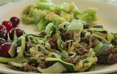 Beef and Zucchini Skillet. grain free ground beef skillet 20 Minute Beef & Zucchini Stir Fry Your Kids Will Love (like hamburger helper) - Comfort Food Recipes Paleo Recipes, Real Food Recipes, Cooking Recipes, Free Recipes, Paleo Meals, Clean Recipes, Drink Recipes, Healthy Meals, Beef Zucchini Stir Fry
