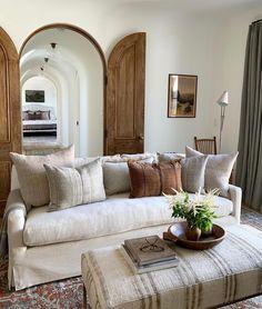 Cottage Home Interior .Cottage Home Interior Home Living Room, Living Room Designs, Living Room Decor, Living Spaces, Dining Room, Home Interior, Interior Decorating, Interior Design, Decorating Ideas