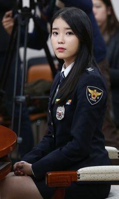 The Rok, Pretty Korean Girls, Military Girl, Female Soldier, Military Women, Cute Girl Face, Asian Celebrities, Girls Uniforms, Beautiful Asian Women