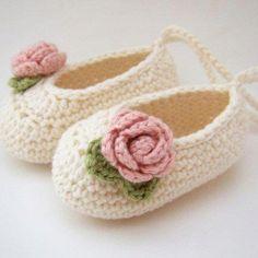 Newborn crochet booties!