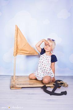 #fotografia #foto #photo #photosession #photoshoot # photographs #zdjecia #fotograf #fotografrodzinny #fotografdzieciecy #fotografiadziecieca #sesja #sesjafotograficzna #kids #dzieci #kidssession #kidsphotosession  #tratwa #statek #marynarz #morze