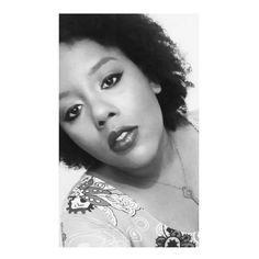 O meu desafio é andar sozinho esperar no tempo os nossos destinos não olhar pra trás esperar na paz o que me traz a ausência do seu olhar... traz nas asas um novo dia Me Ensina a Caminhar mesmo eu sendo menino aprendi (...)#deus #dazzle #gratidao #fe #salonline #hinodetodososdias #makeup #todecacho #dazzlehinode #igseguidores #life #conquistas #sonhos #negritude #transiçãocapilar #voltandoaoscachos #hinodeaquieomeulugar #metasLinha DAZZLE  de maquiagem, alta coberturas, cores pigmentadas, e…