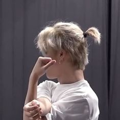 Bts Jimin, Mini E, Park Jimin Cute, Mode Streetwear, Dream Hair, Bts Korea, Bts Photo, Bts Boys, K Pop