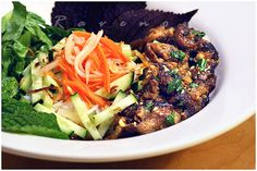 great recipe for my favorite Vietnamese dish...i think i could make this!  YUMM!!    Bun Thit Nuong (Vietnamese Grilled Pork with Vermicelli)