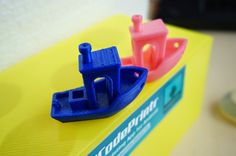 I have printed another #3DBenchy in 0.1mm layer height. Pink=0.1mm , Blue=0.3mm…