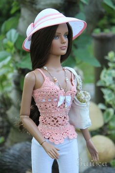 beautifull doll and outfit