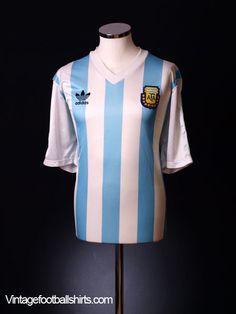 89018375ab3 18 Best Football Kits - Wavy images   Football kits, Soccer kits ...