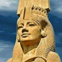 an Egyptian beauty .daughter of Ramsesll Ancient Egypt History, Ancient Egyptian Art, Ancient Aliens, Egyptian Beauty, Egyptian Things, Old Egypt, Egypt Art, Kemet Egypt, Ancient Artifacts