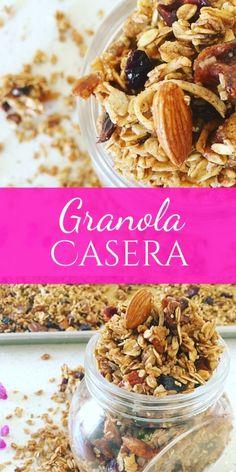 Granola Casera /// Deliciosa mezcla de avena, fruta seca, nueces, coco y amaranto, bañada en miel de abeja con un toque de vainilla y canela, horneada hasta tostar.