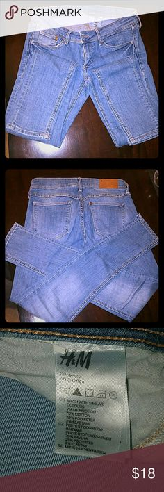 H& M JEANS Never worn jeans , nice blue color , super skiny, low waist, unfortunately (to me ) was never worn ! H & M Jeans Skinny