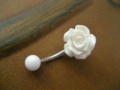 Bauchnabelpiercing - Blume