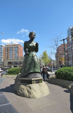 "The ""Swing Low"" Harriet Tubman Statue, New York, USA. In the age of slavery, freedom for many came via the ""Underground Railroad"". And for 10 years, Harriet Tubman was a ""conductor"", making 19 trips to lead more than 300 slaves north."