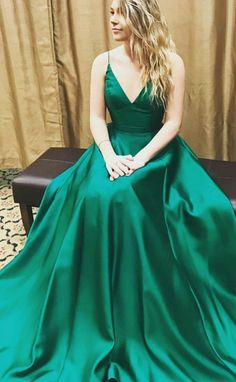 Long Prom Dresses, Green Prom Dresses, Backless Prom Dresses, Prom Dresses Long, Prom dresses Sale, Prom Long Dresses, Long Evening Dresses, Floor Length Dresses, Pleated Evening Dresses, Floor-length Evening Dresses