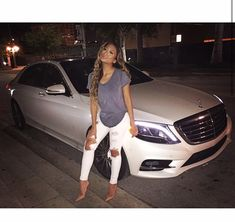 Nice girl with withe Mercedes Benz ♥ App for your car http://Carwarninglight.com