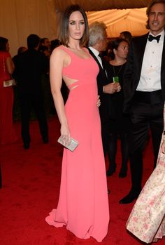 Emily Blunt at the 2012 Met Gala in hot pink - we love this color for summer