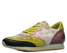 Extravaganter Sneaker in edler Aufmachung! Reptilprägung, gewischte Oberflächen und das Zusammenspiel mehrerer Farben machen dieses Modell zu einem Highlight aus der Mjus Kollektion. Leder/ Textilfutter, Lederdecksohle, Gummilaufsohle, Absatzhöhe: ca. 20 mm, Obermaterial: Glattleder/ Nubukleder, Farbe: mehrfarbig   http://www.belvero.de/mjus-602101-6640-6055-telly-sneaker-mehrfarbig
