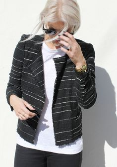 The @marantstyle Étoile Glenn Jacket in Black ($470.00) adds the perfect touch to any outfit.  #dianiboutique #isabelmarant