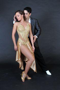 Actitud de Tango … Más