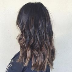 Fall sombre  #babylights #sombre #hairpainting #carmelombre #balayage #settle #beachwaves #prettyhair #brunette