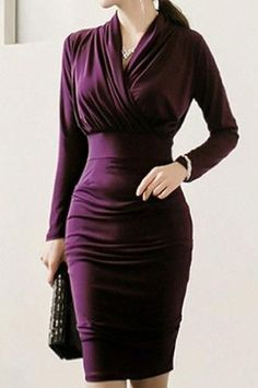 Try These 10 Christmas Party Dresses for Work - Trying hard to find a perfect Christmas party dress for work? Please, don't be as we have selected several simple dresses that suit for the party and . Simple Dresses, Elegant Dresses, Beautiful Dresses, Dresses For Work, Formal Dresses, Awesome Dresses, Casual Dresses, Wedding Dresses, Classy Dress
