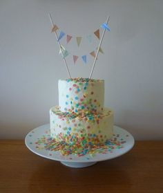 Shabby Chic Buttercream and Bunting!