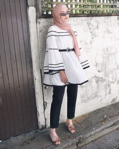 ruffle blouse-Simple casual hijab outfits – Just Trendy Girls
