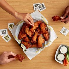 Buffalo Wild Wings low-carb options