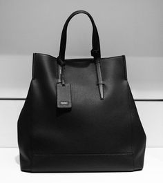 Agnona 'Amanda' bag in black leather, from autumn winter 2014. www.wunderl.com