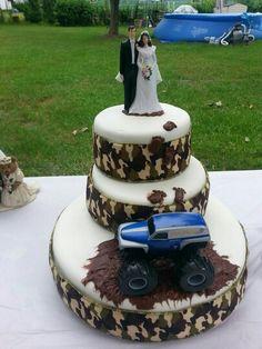Camo mud truck wedding cake