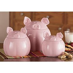 cute kitchen canisters for Granny D This Little Piggy, Little Pigs, Tout Rose, Piggly Wiggly, Cute Kitchen, Pig Kitchen Decor, Happy Kitchen, Cute Piggies, Flying Pig