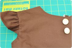 Tutorial to add sleeves to little girl dresses