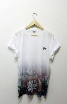 Fashion For Men - thfkdlf: S/S Coming . White Tee Shirts, White Tees, Cool Tees, Cool Shirts, Streetwear, Tee Shirt Homme, T Shirt Designs, Mode Style, Style Men