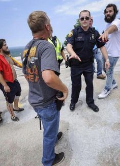 WhitePrivilegeMeans you can reach for your gun right in front of a cop & the…