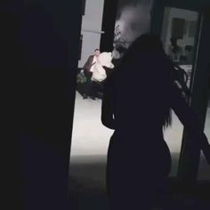 Cute Love Couple, Cute Couple Videos, Cute Love Songs, Alone Photography, Emotional Photography, Death Aesthetic, Aesthetic Movies, Romantic Love Song, Romantic Songs Video