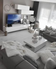 What color would you add to this decor if you could change it ? وFriends, if we are going to add one or more colors to this decor, do you think it is… Cute Living Room, Living Room Decor Cozy, Living Room Goals, Living Room Grey, Inspire Me Home Decor, Dream Rooms, Living Room Inspiration, House Rooms, Cozy House