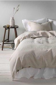 Sengesett Candice i vasket lin, 2 eller 3 deler Bedroom Inspiration Cozy, Bedroom Inspo, Bedroom Sets, Dream Bedroom, Bedroom Decor, Teen Bedroom, Interior Inspiration, European Bedroom, Peaceful Bedroom