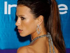 Rhona mitra (1920x1440)  via www.allwallpaper.in