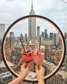 new york aesthetic pink / new york aesthetic . new york aesthetic girl . new york aesthetic city apartments . new york aesthetic night . new york aesthetic wallpaper . new york aesthetic vintage . new york aesthetic outfits . new york aesthetic pink New York Rooftop Bar, Best Rooftop Bars, Vans New York, Ideas Terraza, City Aesthetic, Aesthetic Vintage, Aesthetic Girl, New York City Travel, New York City Bars